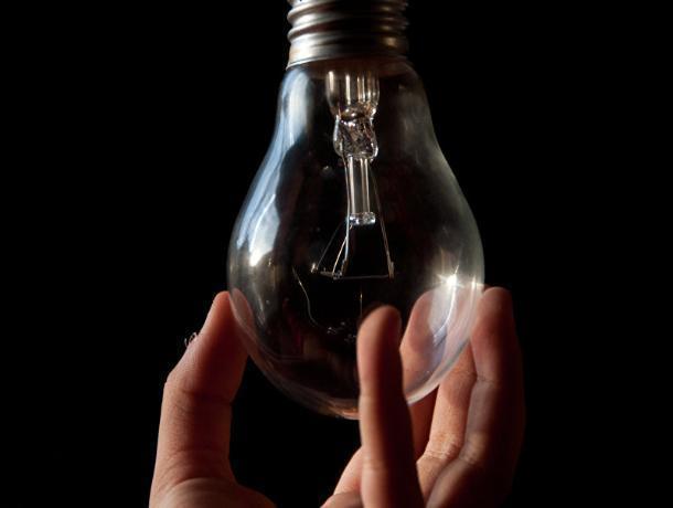 Шесть улиц Морозовска 14 августа останутся без света