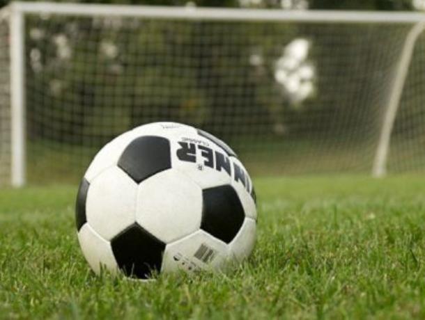 Судья дважды отказал морозовчанам в пенальти в матче против села Ремонтное