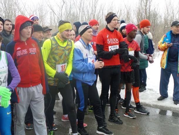 Полную дистанцию 30-го Юбилейного всероссийского легкоатлетического пробега любви и здоровья смогли преодолеть двое морозовчан
