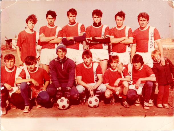 История футбола в Морозовске: Команда «Искра» выиграла свой первый кубок в 1988 году