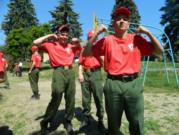 Стойкость и инициативность принесли кадетам Морозовска победу в тактической игре