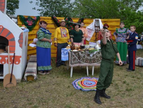 Кадеты из Морозовска стали дипломантами фестиваля «Казачья душа» в городе Донецке