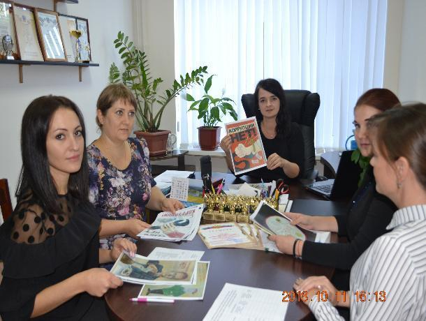Четверо школьников Морозовска стали финалистами районного этапа конкурса социальной рекламы