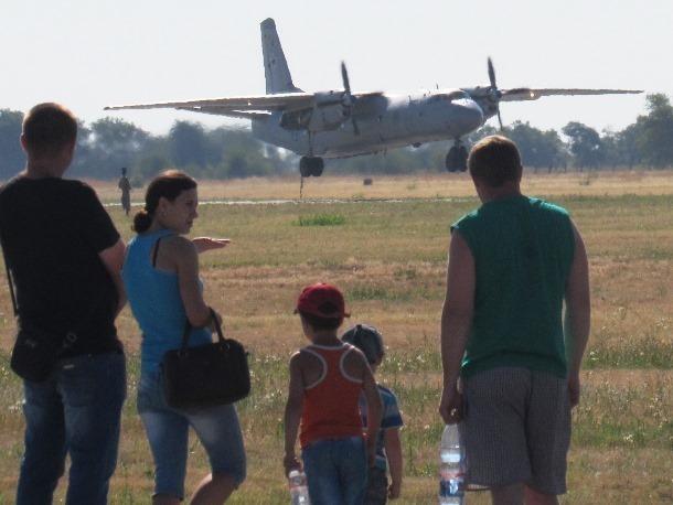 День ВВС Морозовск отметил массовой экскурсией на военный аэродром