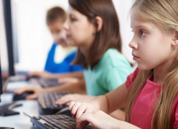 Психолог школы №4 рекомендовала детям и подросткам Морозовска поучаствовать в общероссийском интернет-марафоне