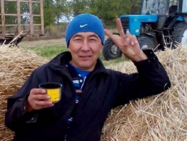 30 лет своей жизни отдал сельскому хозяйству житель Морозовского района