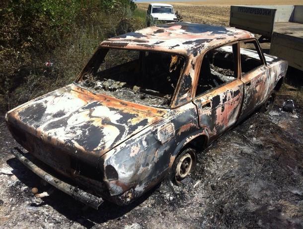 «Семерка» сгорела как спичка в поселке Чистые Пруды