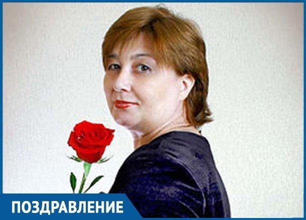Свою классную маму Лидию Алексеевну поздравили взрослые ученики