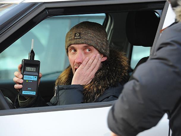 Три дня рейдов: в Морозовском и Милютинском районе ловят водителей