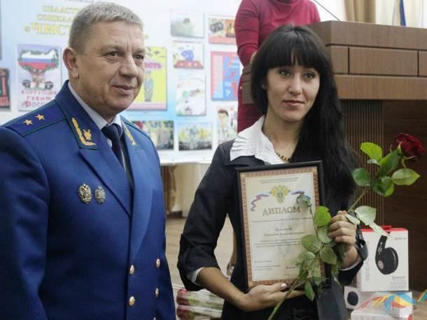 Антикоррупционный видеоролик Татьяны Осиповой из Морозовска признали лучшим в областном конкурсе социальной рекламы