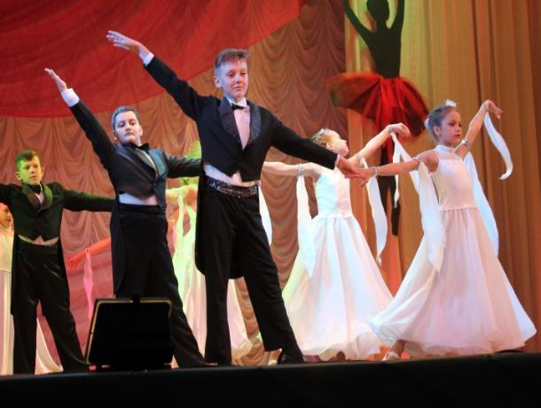 Творческий коллектив «Юность» стал одним из самых активных участников «Танцевальной капели»