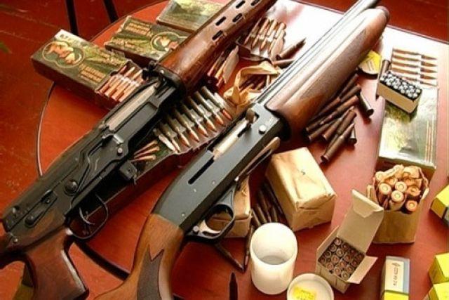 Сдай автомат или пулемет, получи 8000 рублей, - морозовчанам предложили отдать незаконно хранящееся орудие