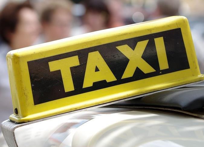 Претензиями к таксистам ответили морозовчане на их возмущения