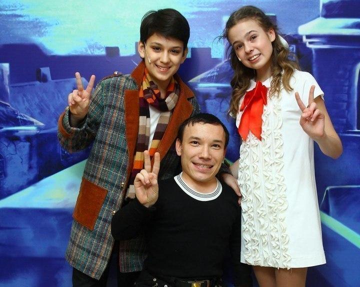 Максим Зуев из Морозовска подружился с участниками проектов «Голос.Дети-2» и «Голос.Дети-3»