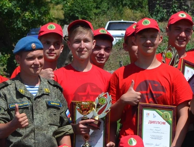 Морозовчане стали победителями соревнований военно-спортивного слета в хуторе Пухляковском