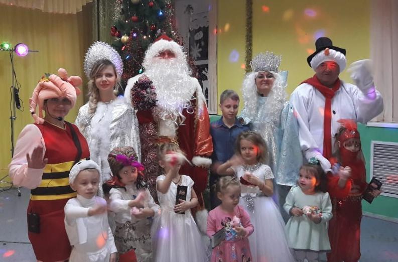 Чреда веселых зимних праздников в Морозовске завершится 10 марта