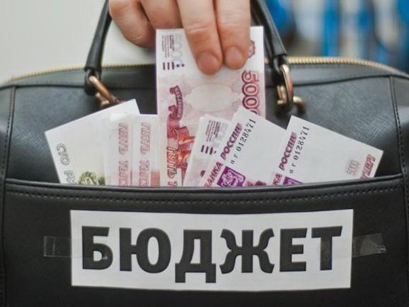 Больше всего городскому бюджету Морозовска задолжали четыре организации