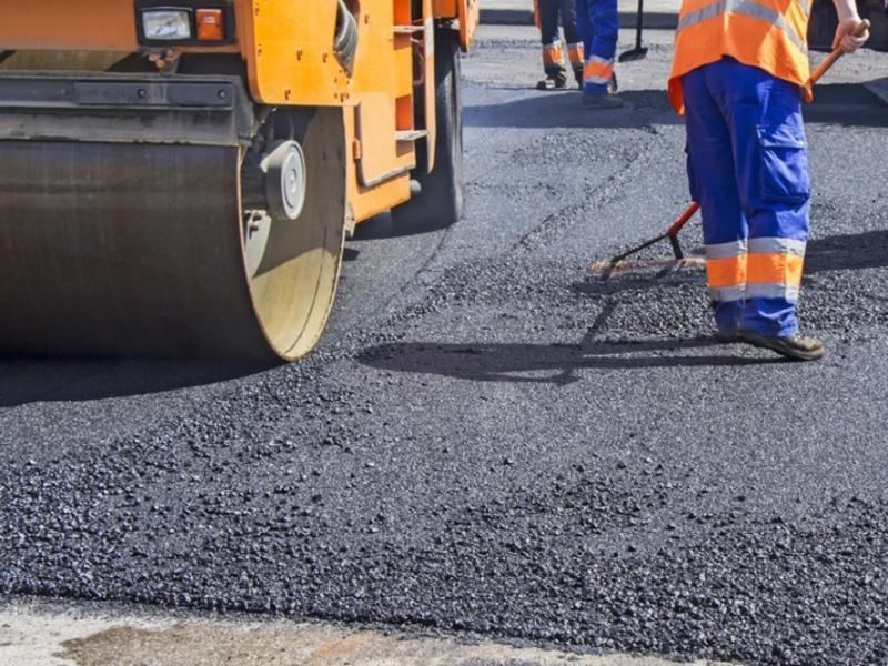 Автотрассу в районе Морозовска и Белой Калитвы снова будут ремонтировать