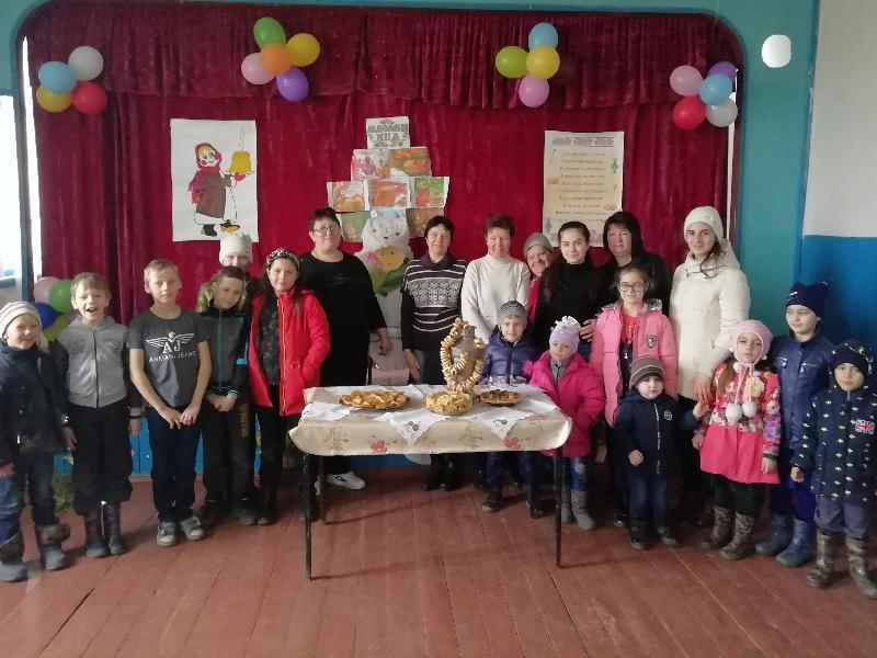 Силой и ловкостью померились хуторяне на празднике Масленицы в хуторе Сибирьки