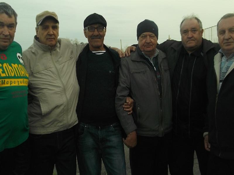 Легендарный вратарь морозовской футбольной команды отметил 70-летие
