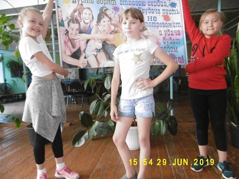 Весело и дружно проводят лето ребята из станицы Вольно-Донской