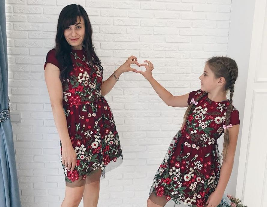 Нужны одинаковые платья для матери и дочери? Заходи в Справочник