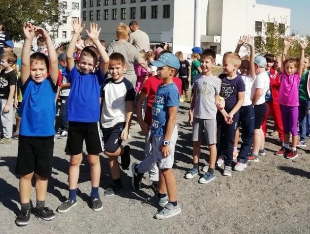 «Мы за здоровый образ жизни»: в гимназии Морозовска отметили день Здоровья