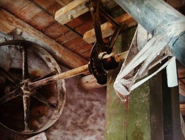 Поразительные кадры внутри старинной мельницы снял гость Морозовска