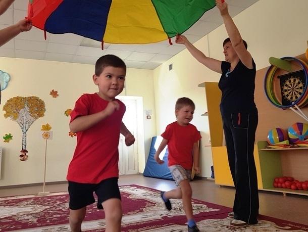 Письмо в редакцию: Под девизом «Дружно, смело, с оптимизмом – за здоровый образ жизни!» развлекались спортсмены детсада «Сказка»