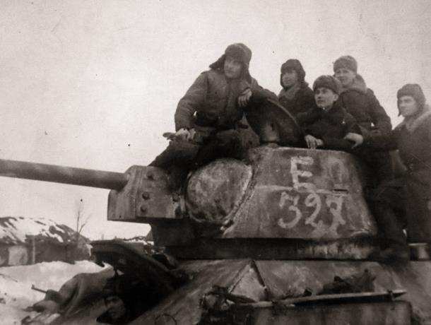 Календарь Морозовска: 17 декабря 24-й танковый корпус переправил свои войска на Осетровский плацдарм