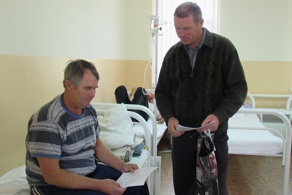Даже ватку выбросить некуда, - пациенты поделились проблемами поликлиники и стационара в Морозовске