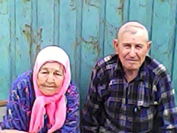 Председатель Ветеранской организации и библиотекарь Донсковского отдела имени Пушкина побывали в гостях у старейших жителей хутора