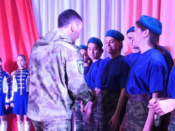 Молодых патриотов в Морозовске посвятили в юноармецы